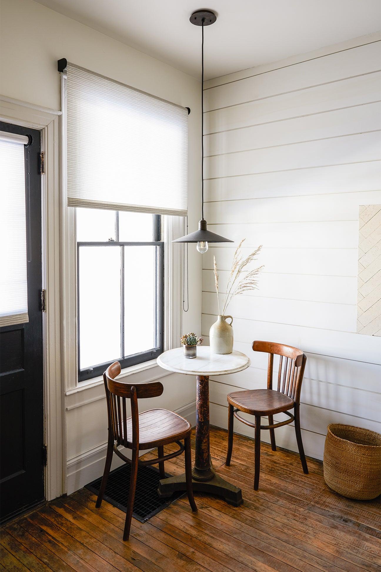 dining nook in kitchen