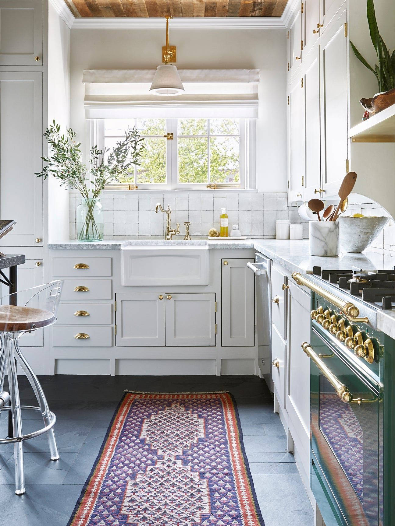 11 Shaker Kitchen Cabinets That Live Up to Their No-Fuss Name