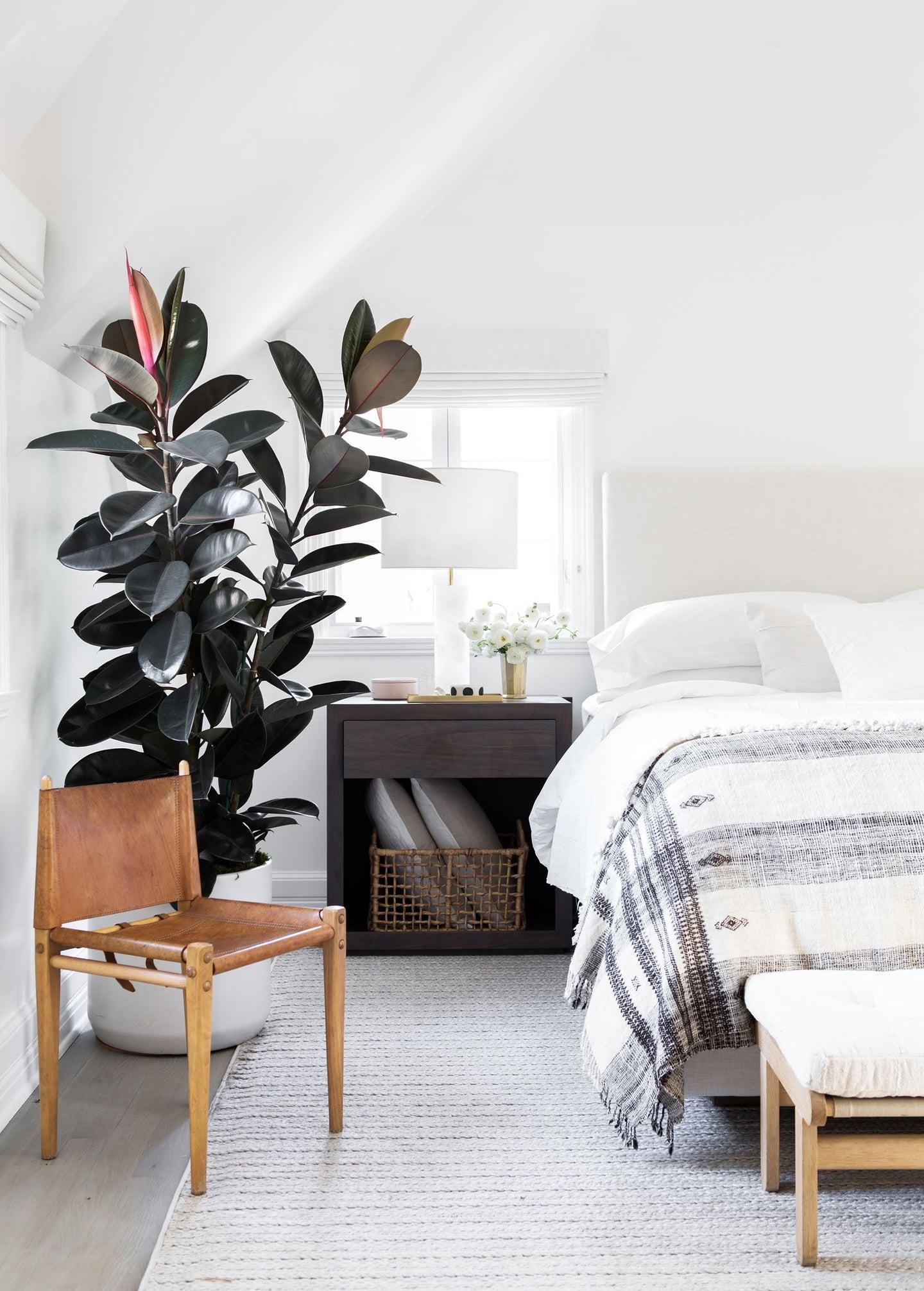 Neutral-toned bedroom