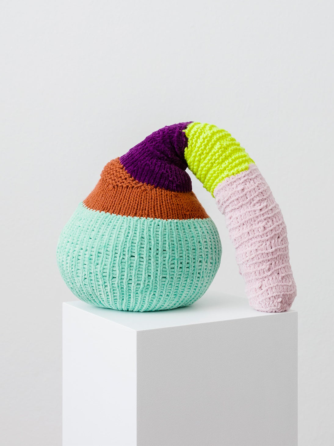 Knitted gourd