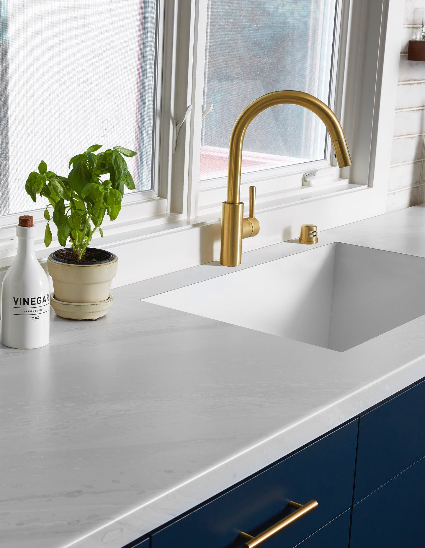 Kitchen countertop with marble