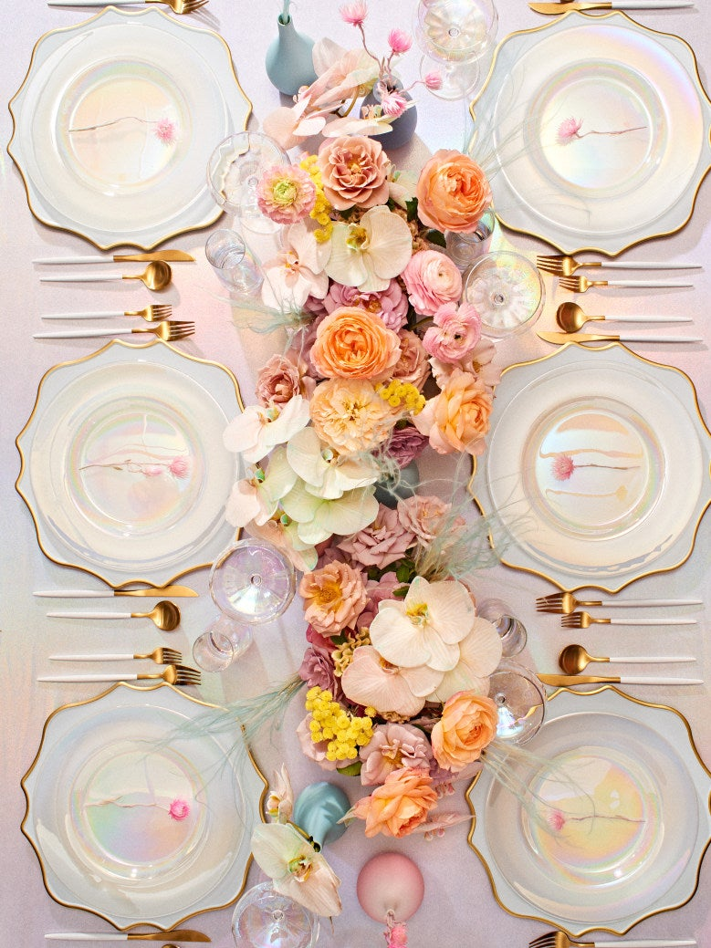 It's Official: These Were the Most Popular Wedding Colors Last Year