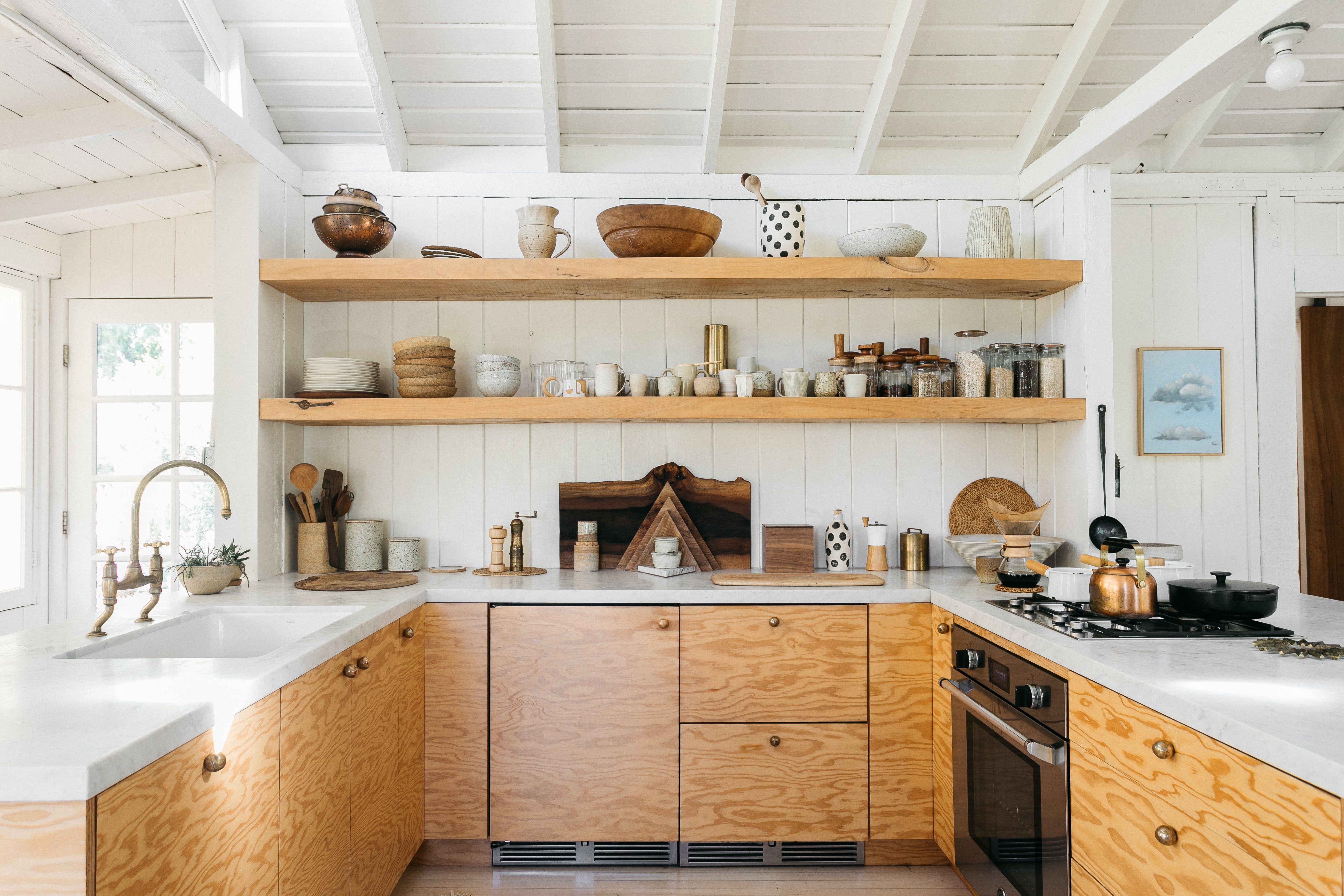 U shaped plywood kitchen