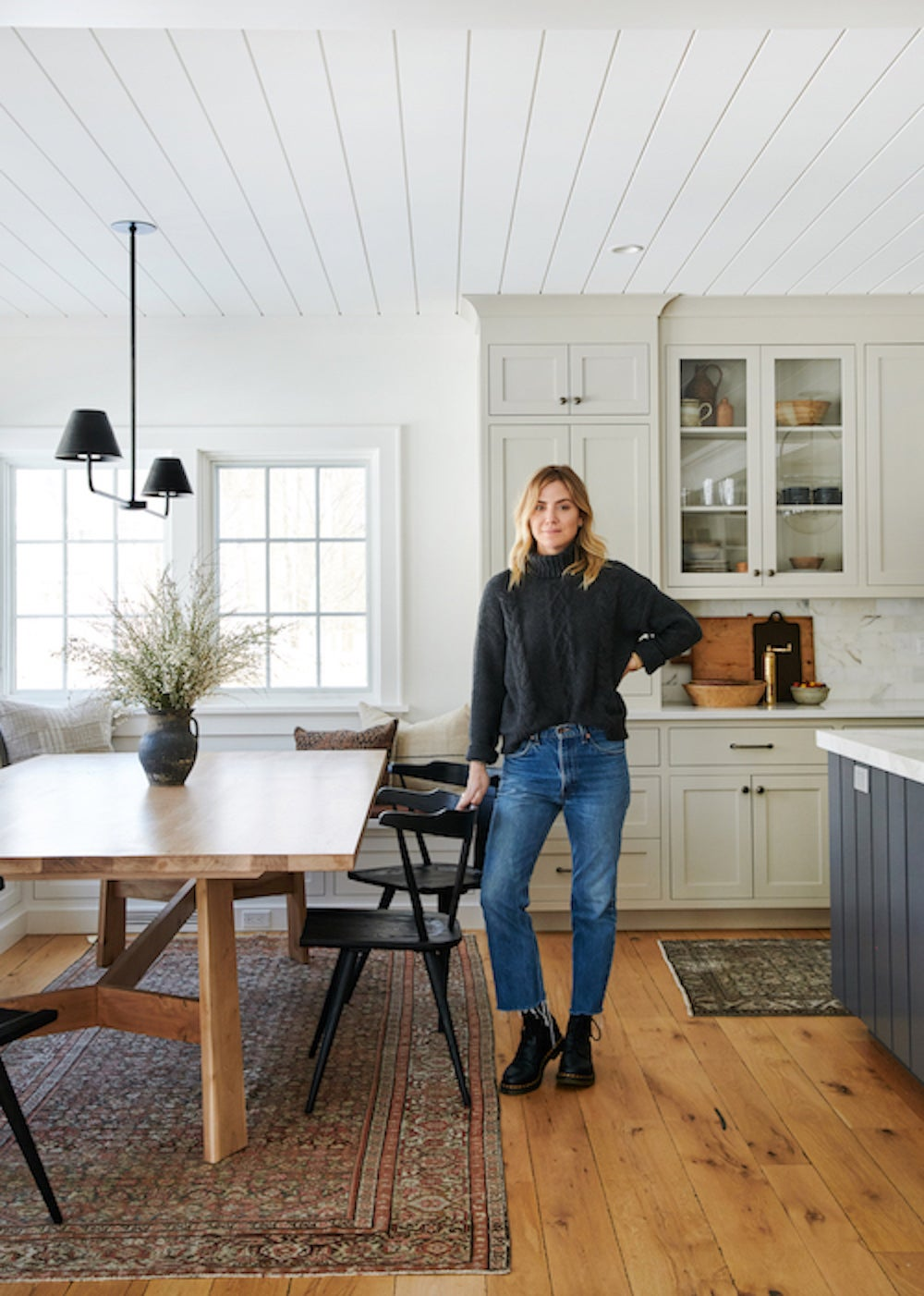 How to Choose the Right White Paint, According to Amber Lewis
