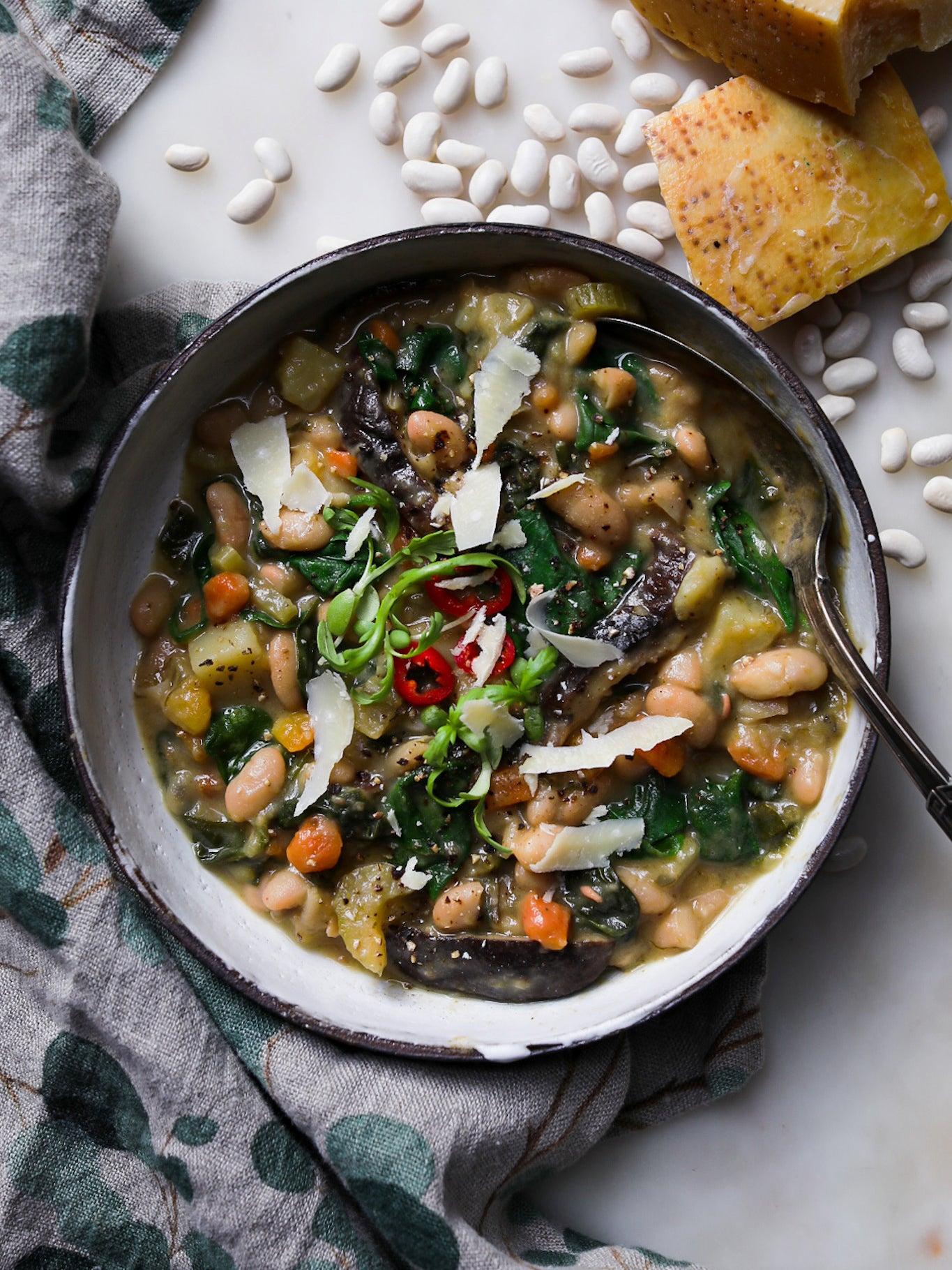 bean stew in bowl
