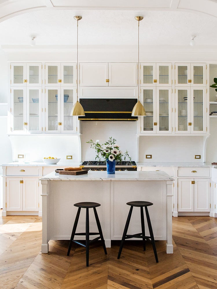kitchen-cabinet-lighting-domino