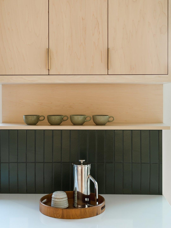 00-FEATURE-kitchen-shelving-configuration-domino