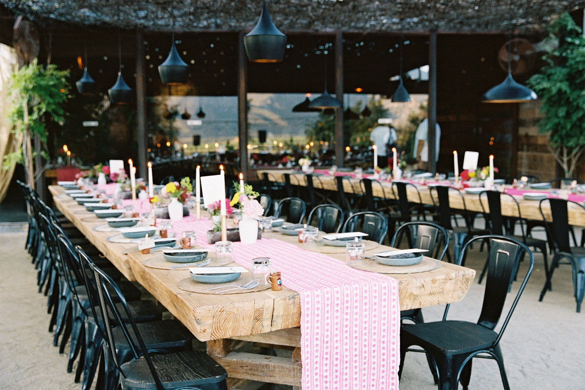 Table with hot pink runner