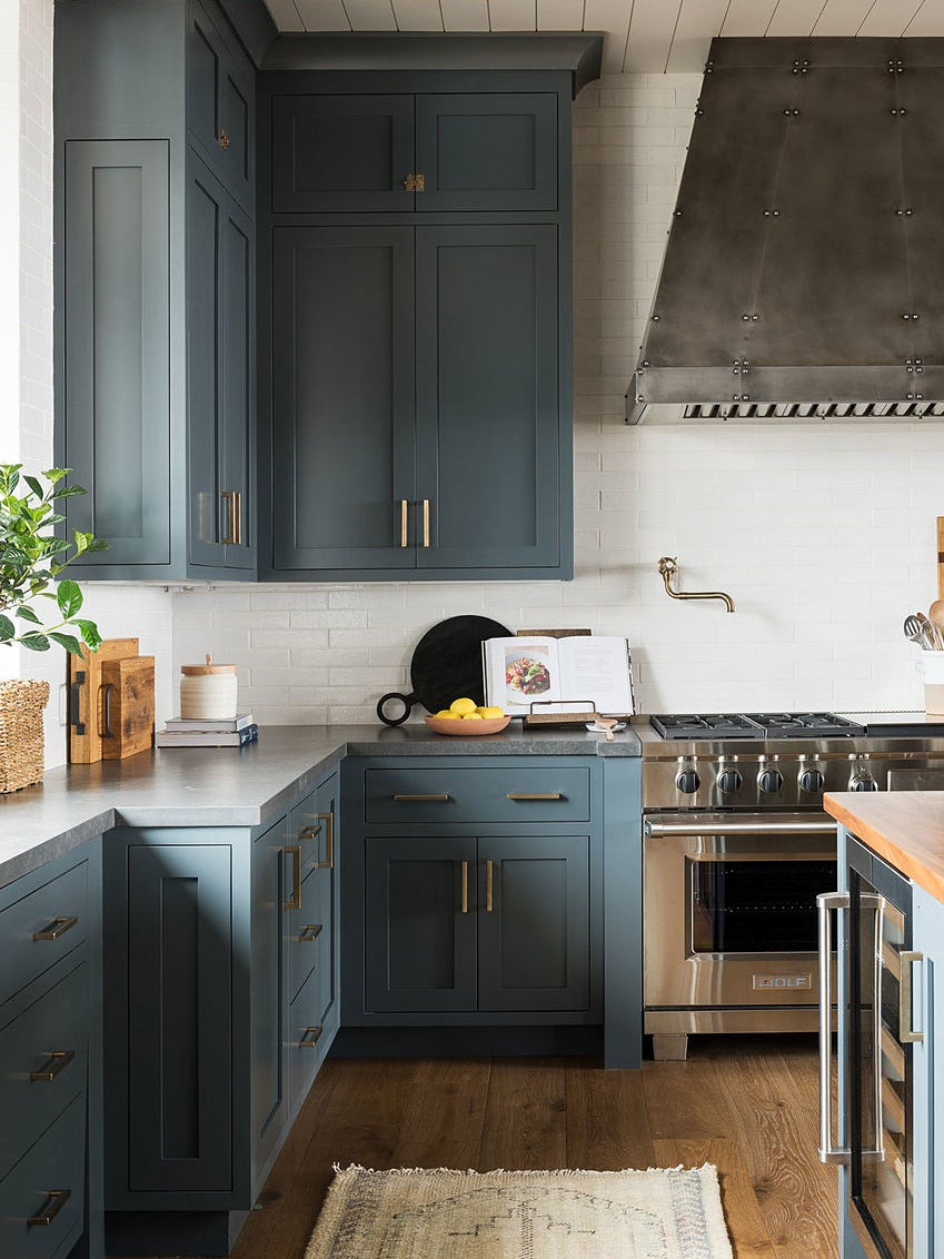 Thinking Of Diy Painting Your Kitchen Cabinets Read This First
