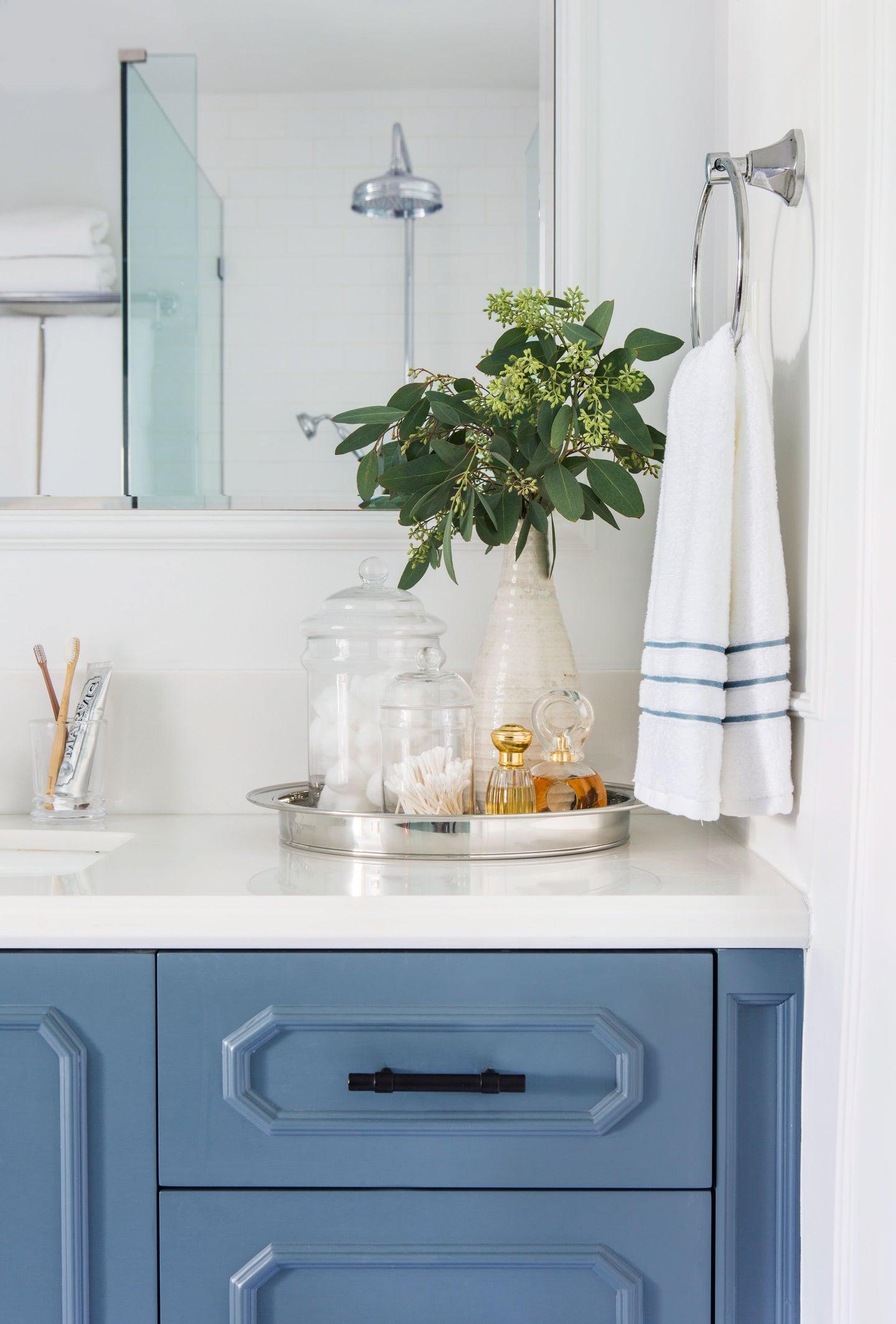 Blue bathroom countertop