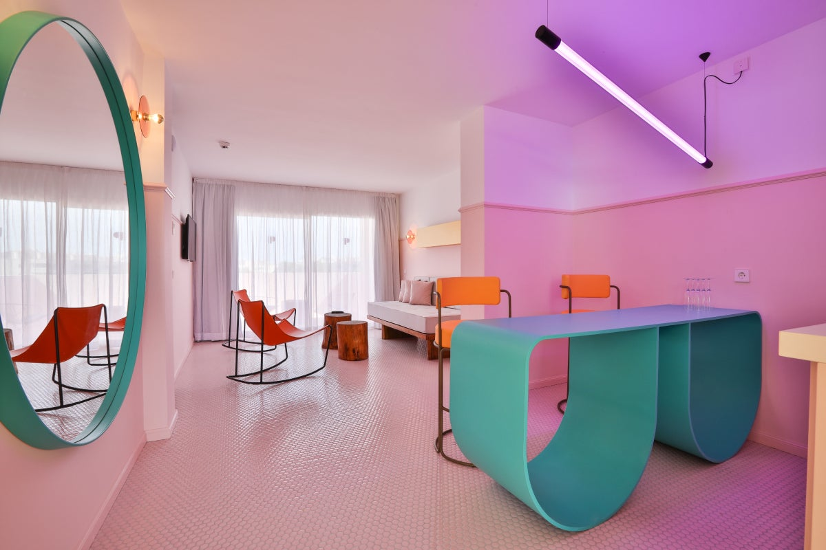 Room with pink and white walls