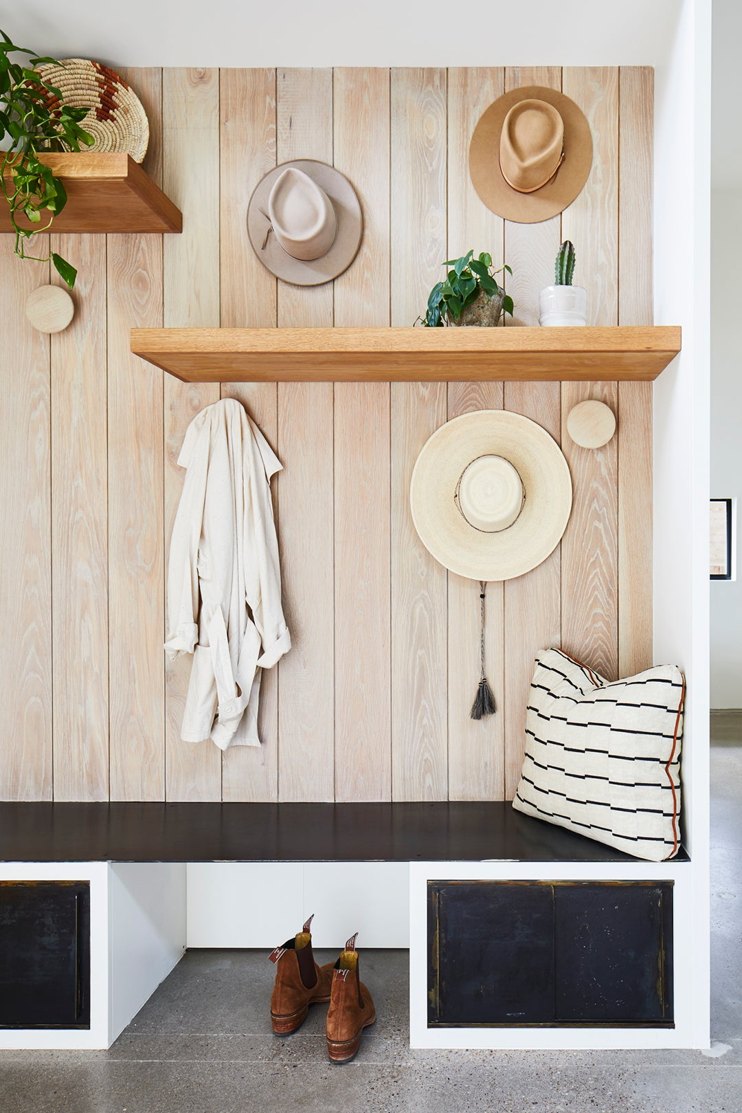 Entryway hooks and bench