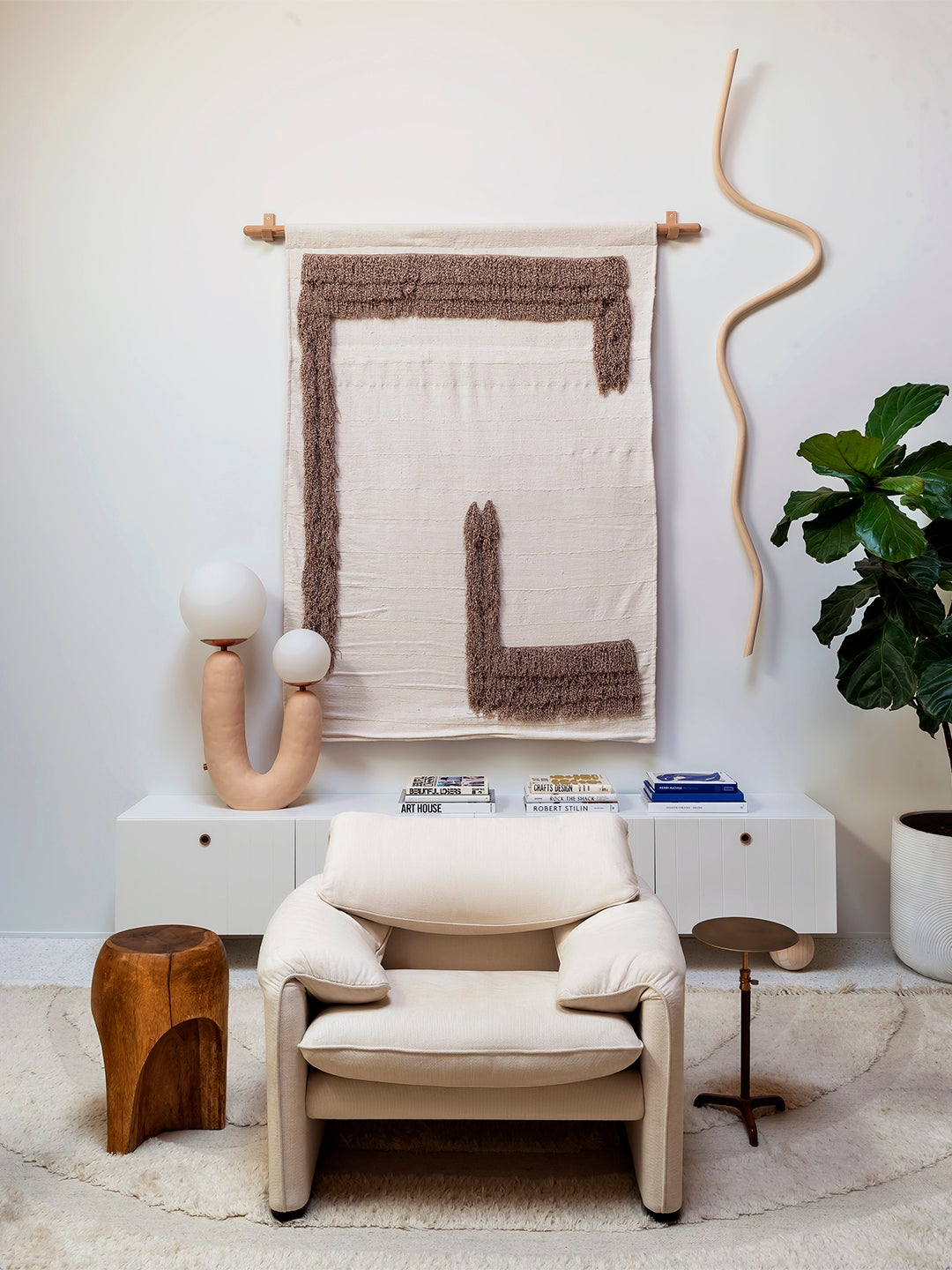 whtie chair with abstract lighting