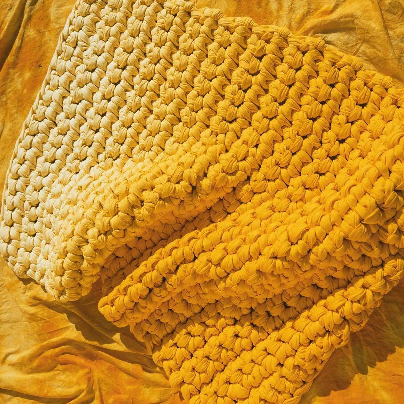 Yellow ombre weighted blanket
