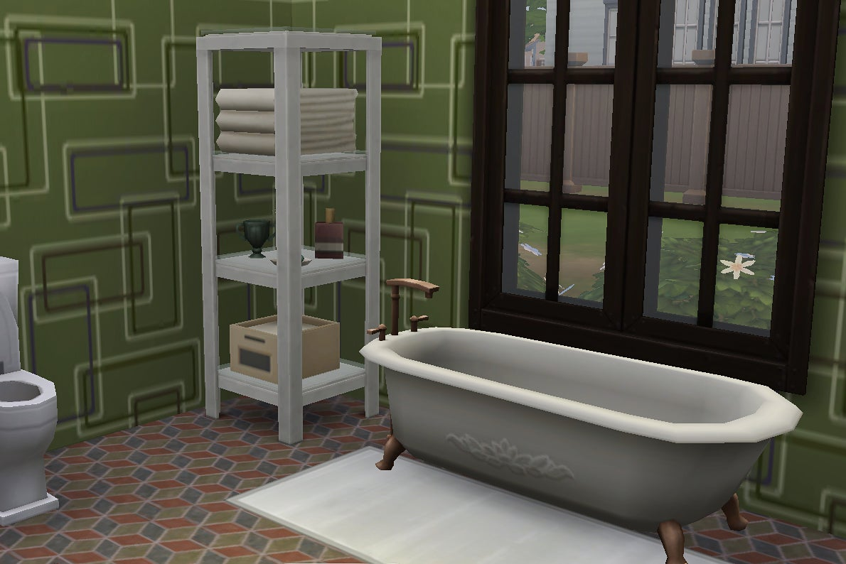 Green bathroom in Sims home