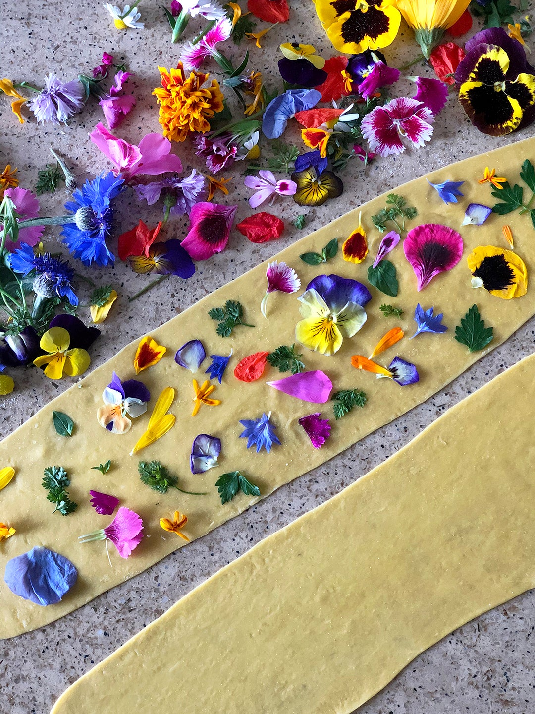 00-FEATURE-floral-homemade-pasta-domino