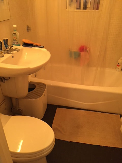 Before - outdated bathroom
