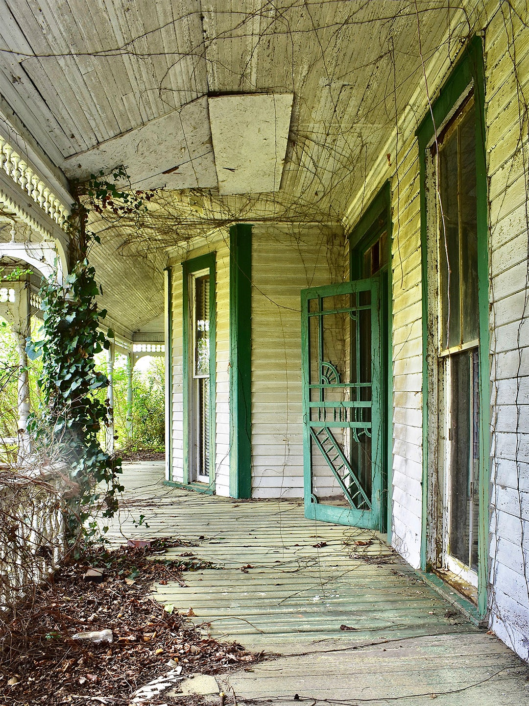 Exterior of old home - porch