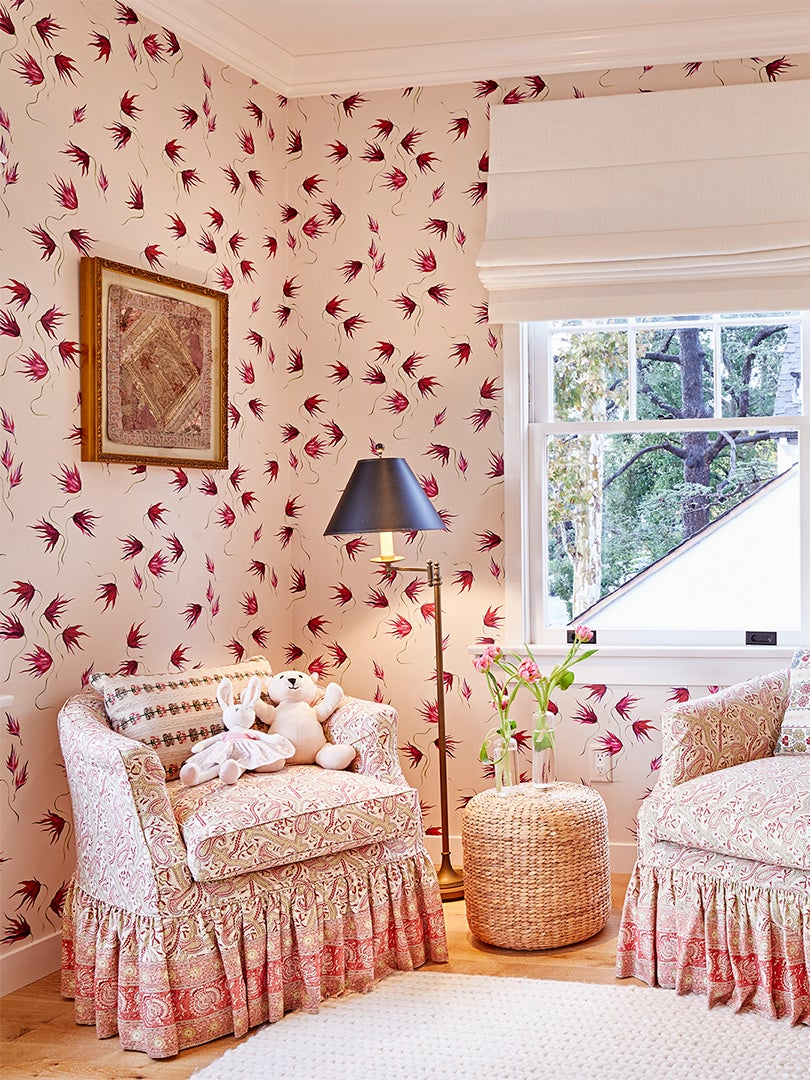 00-FEATURE-floral-kids-room-domino-3×4