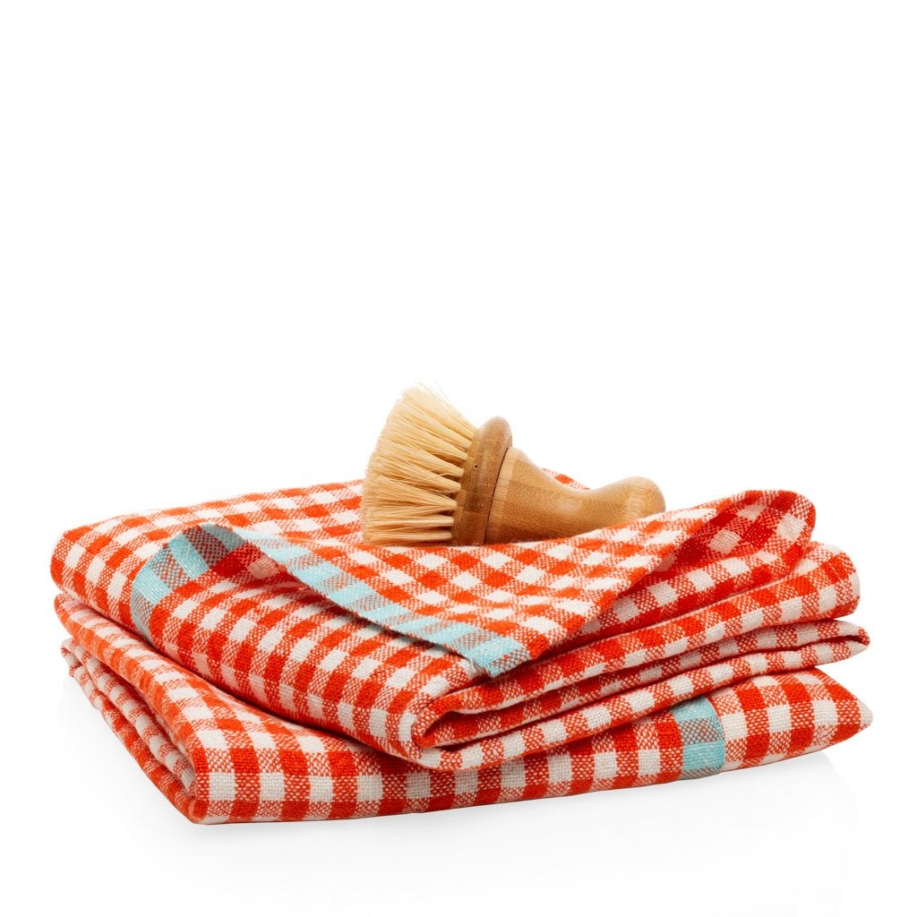 Dishtowel_Red_Check_Product