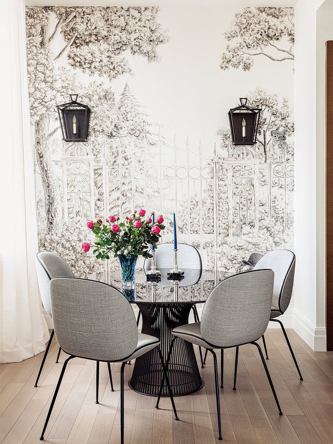 black and white wallpaper dining nook