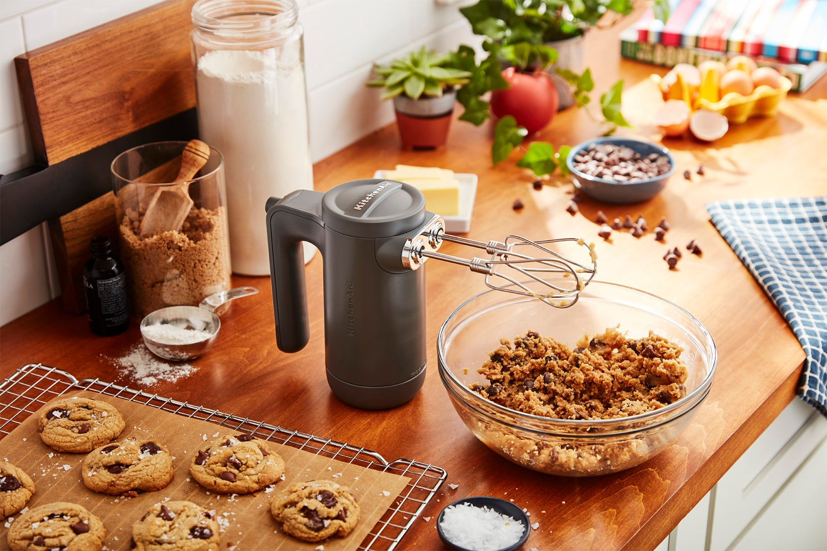 cordless mixer with cookie dough
