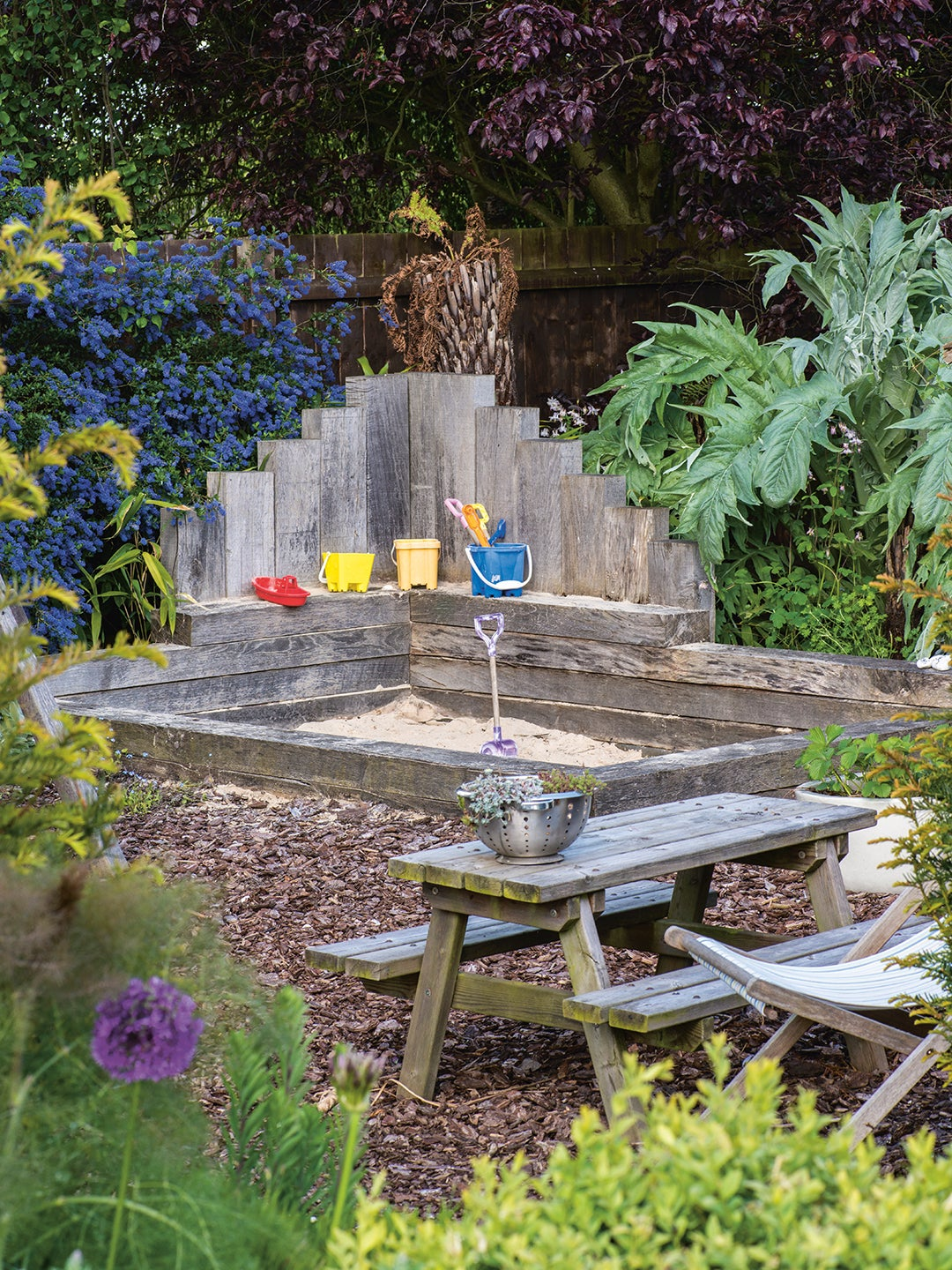 00-FEATURE-gardening-for-kids-domino