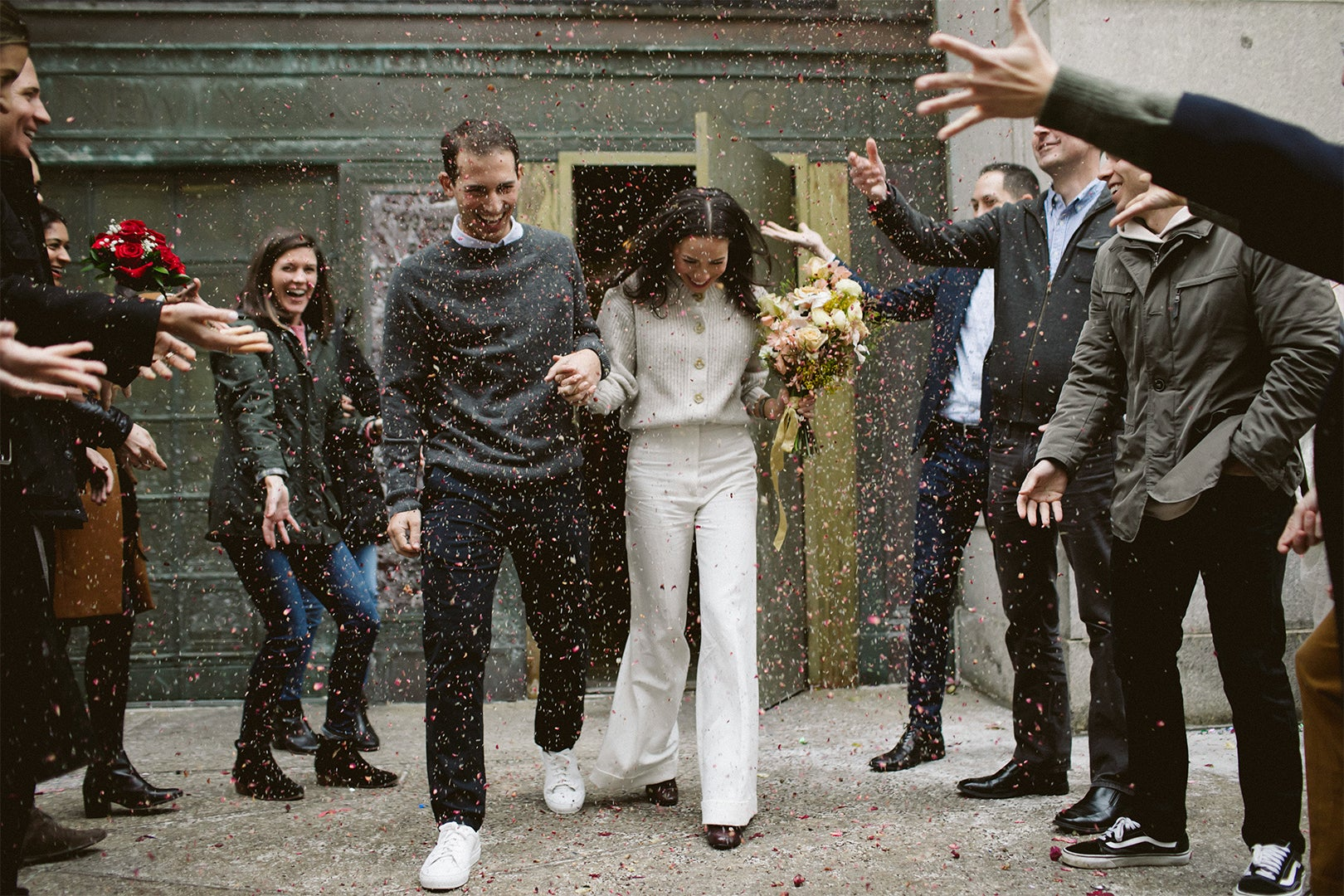 00-FEATURE-Real-Wedding-Amy-and-John-domino
