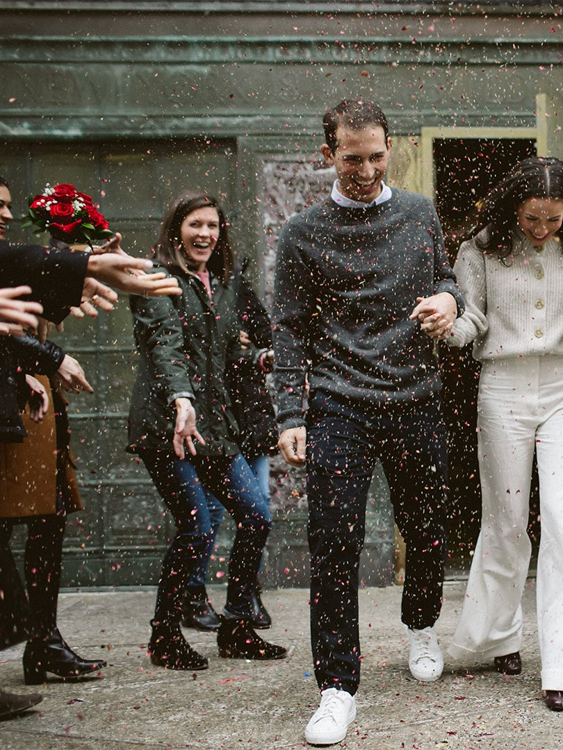 The Bride Wore a $100 Everlane Sweater to This Low-Key City Hall Wedding