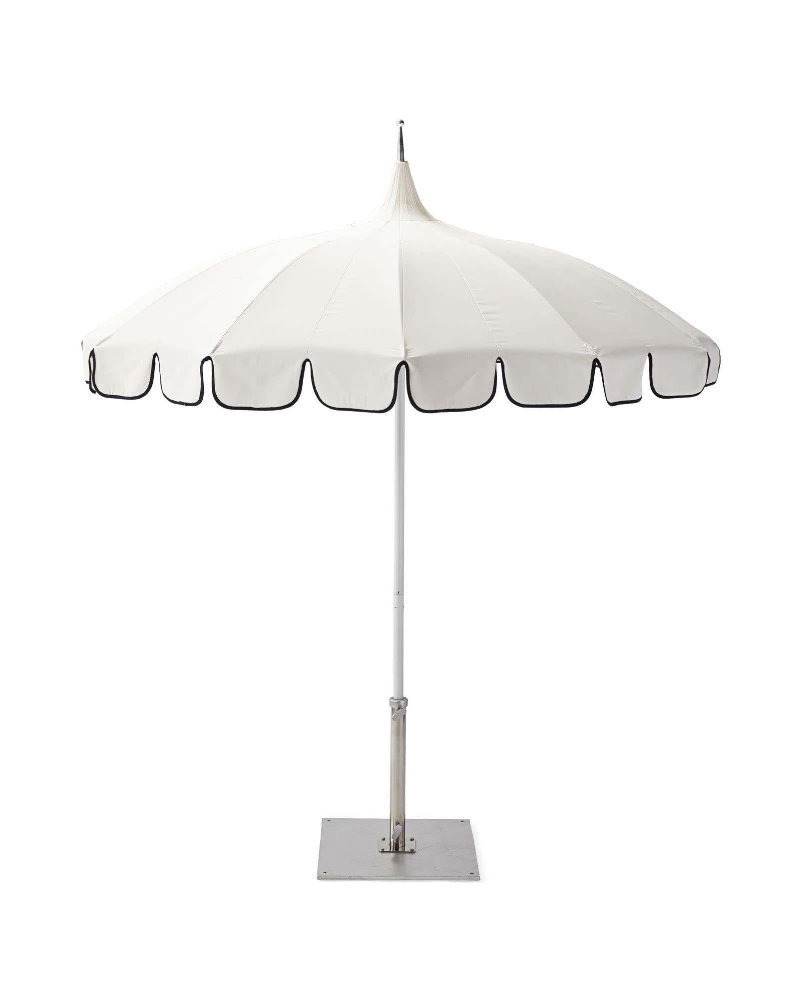 Umbrella_Eastport_White_Navy_Trim_MV_Crop_SH