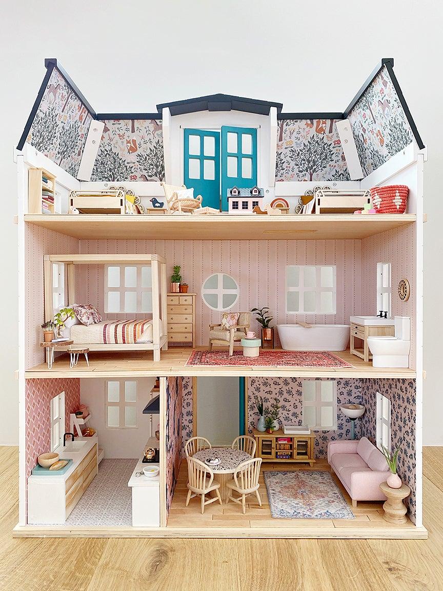 open side of dollhouse