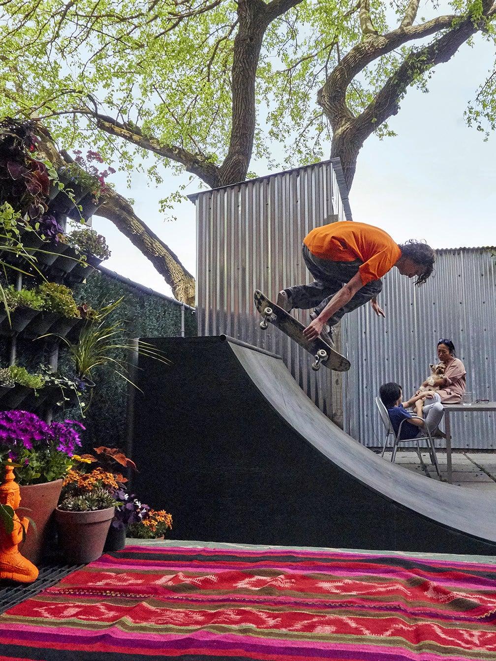 Max skating on the ramp