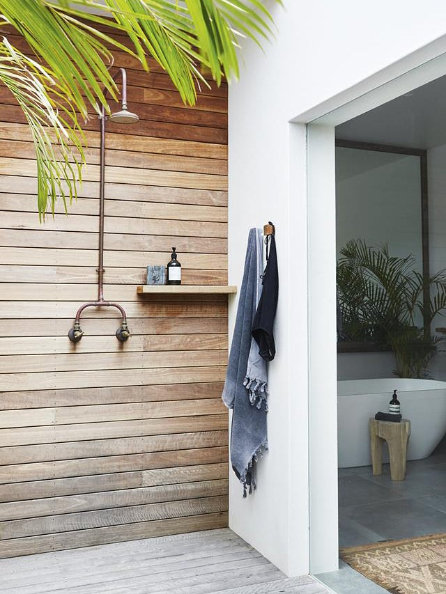 Everything You Need for a No-Construction Outdoor Shower