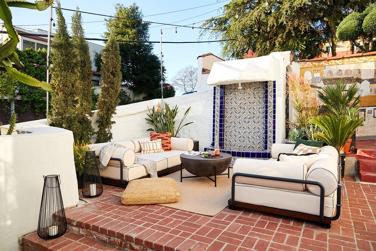 cozy outdoor sofas