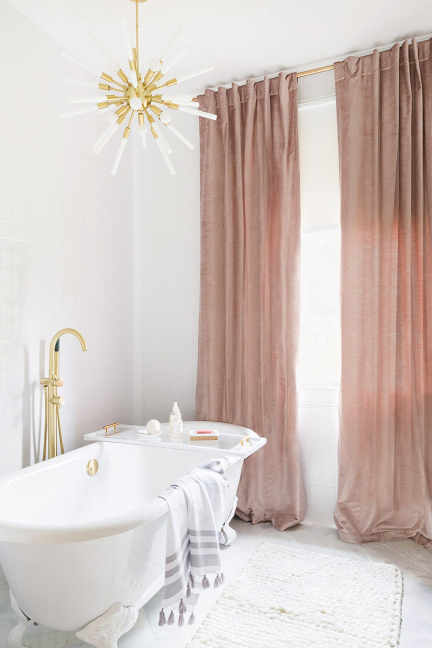Luxurious white bathroom