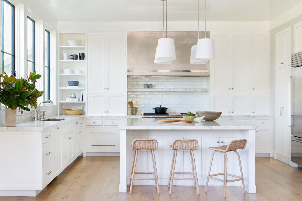 white kitchen with shaker style cabinets