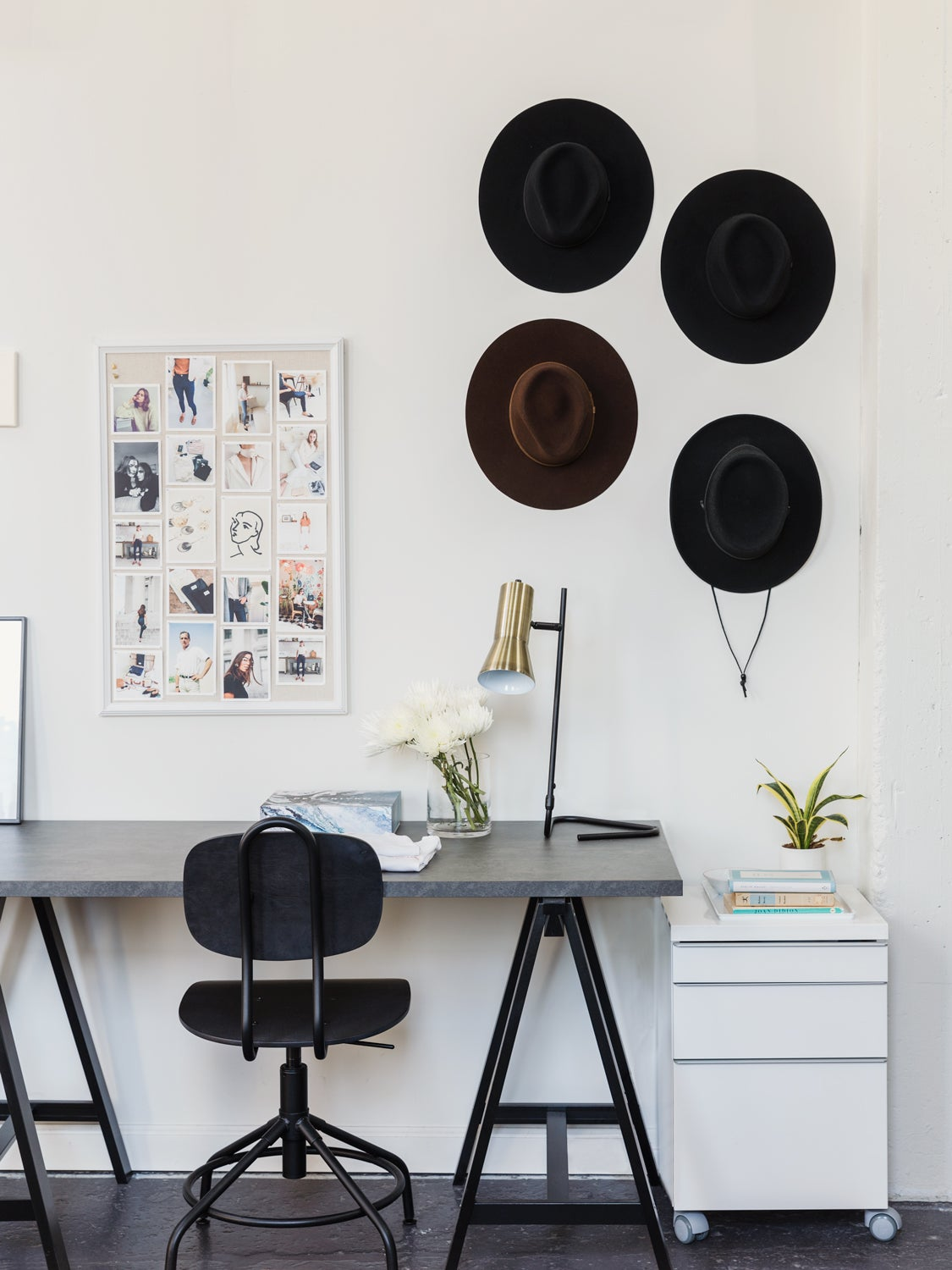 The Simplest Way to Set Up a Home Office? Rental Furniture
