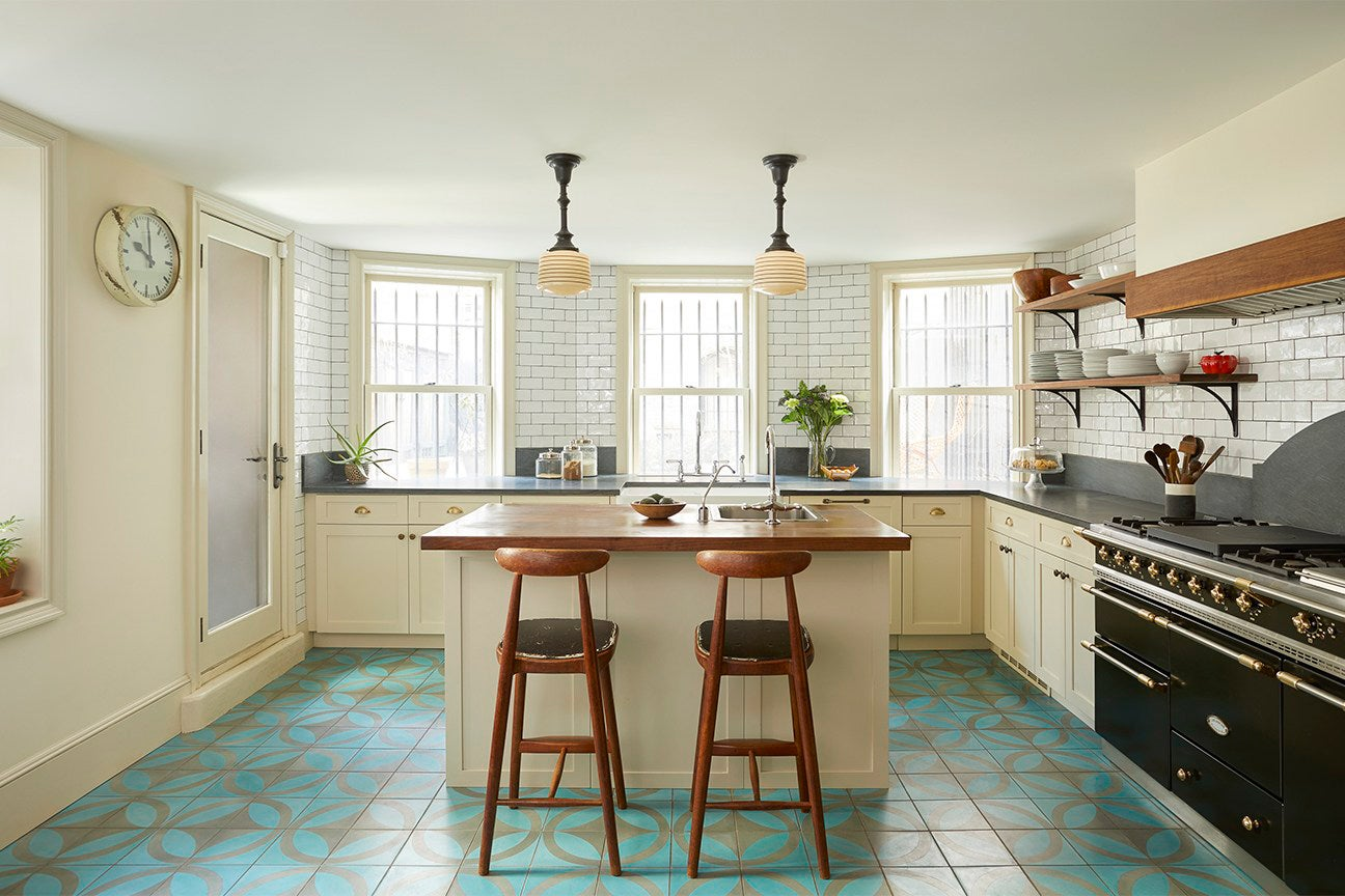 7 Small Kitchen Islands With Storage For Optimal Cooking Space