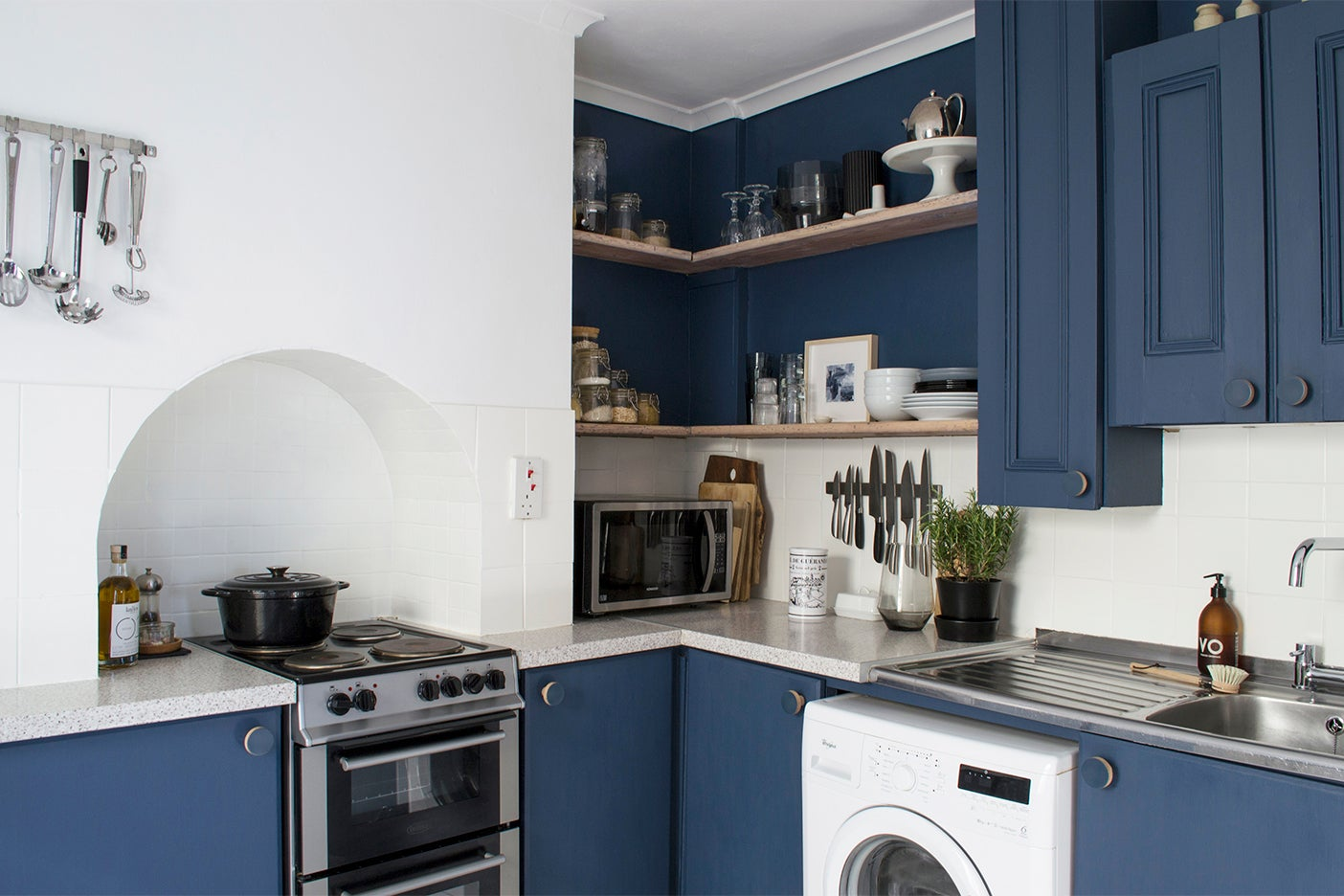 The Best 12 Blue Paint Colors For Kitchen Cabinets