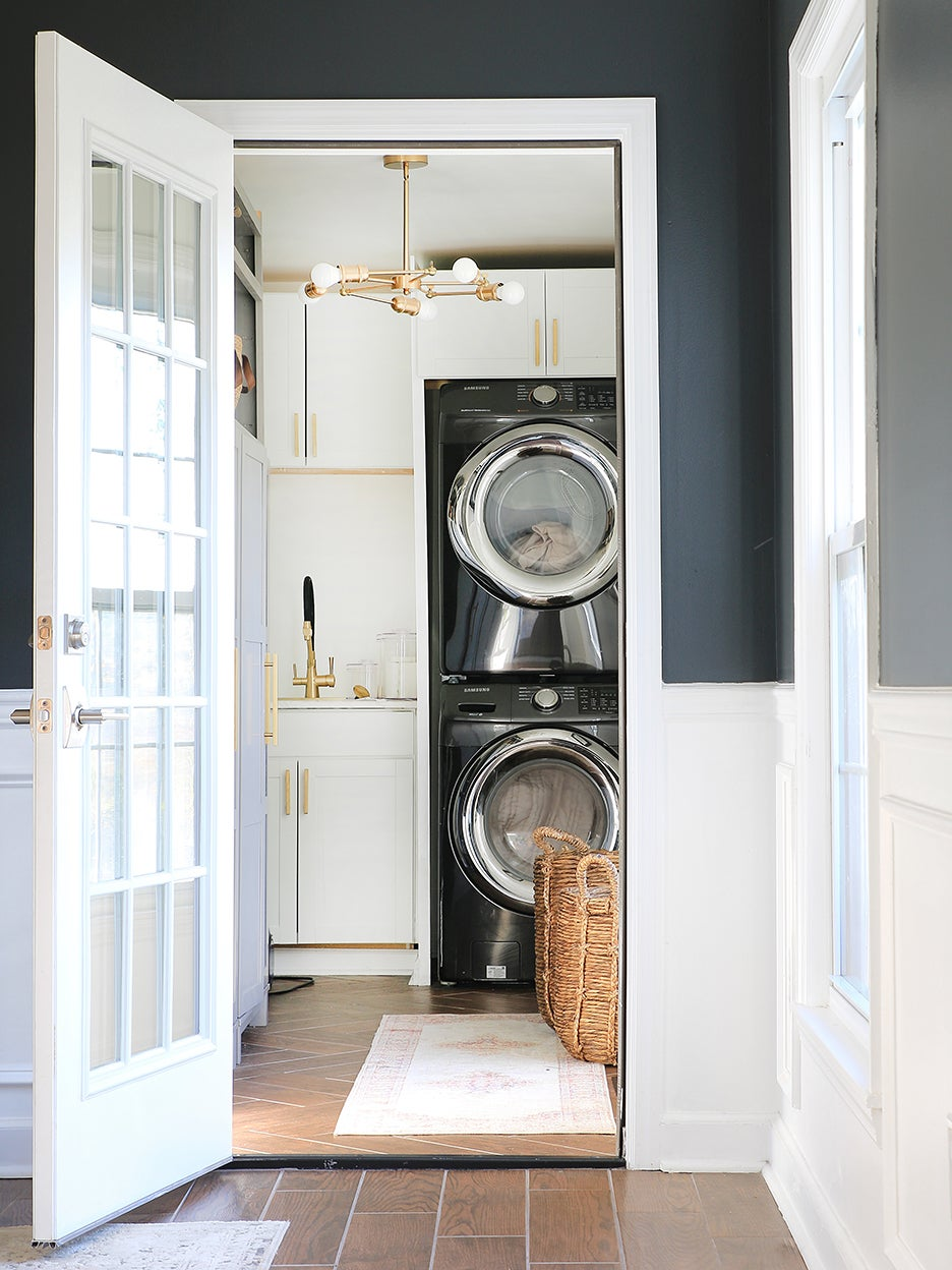 00-FEATURE-ursula-Carmona-laundry-room-renovation-domino