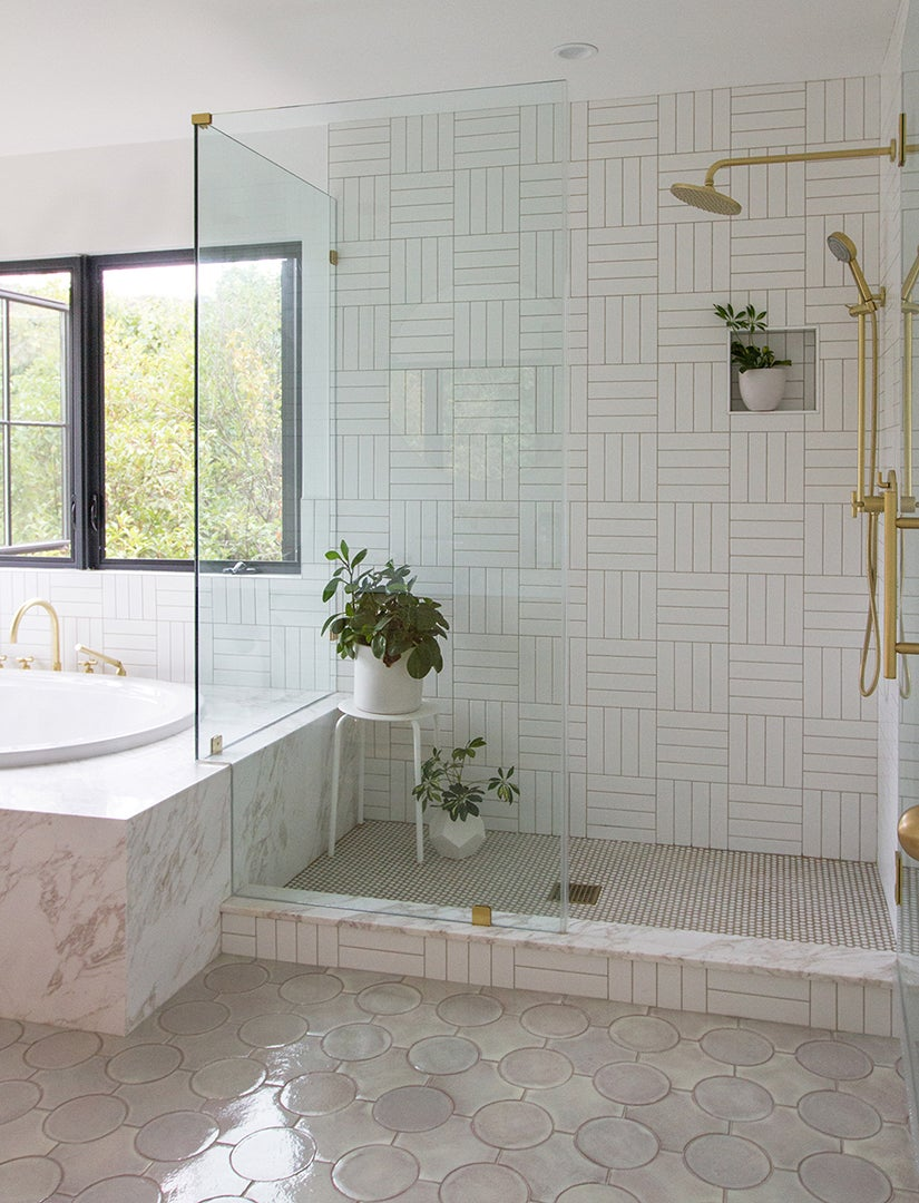 pale lavender bathroom with three different size tiles