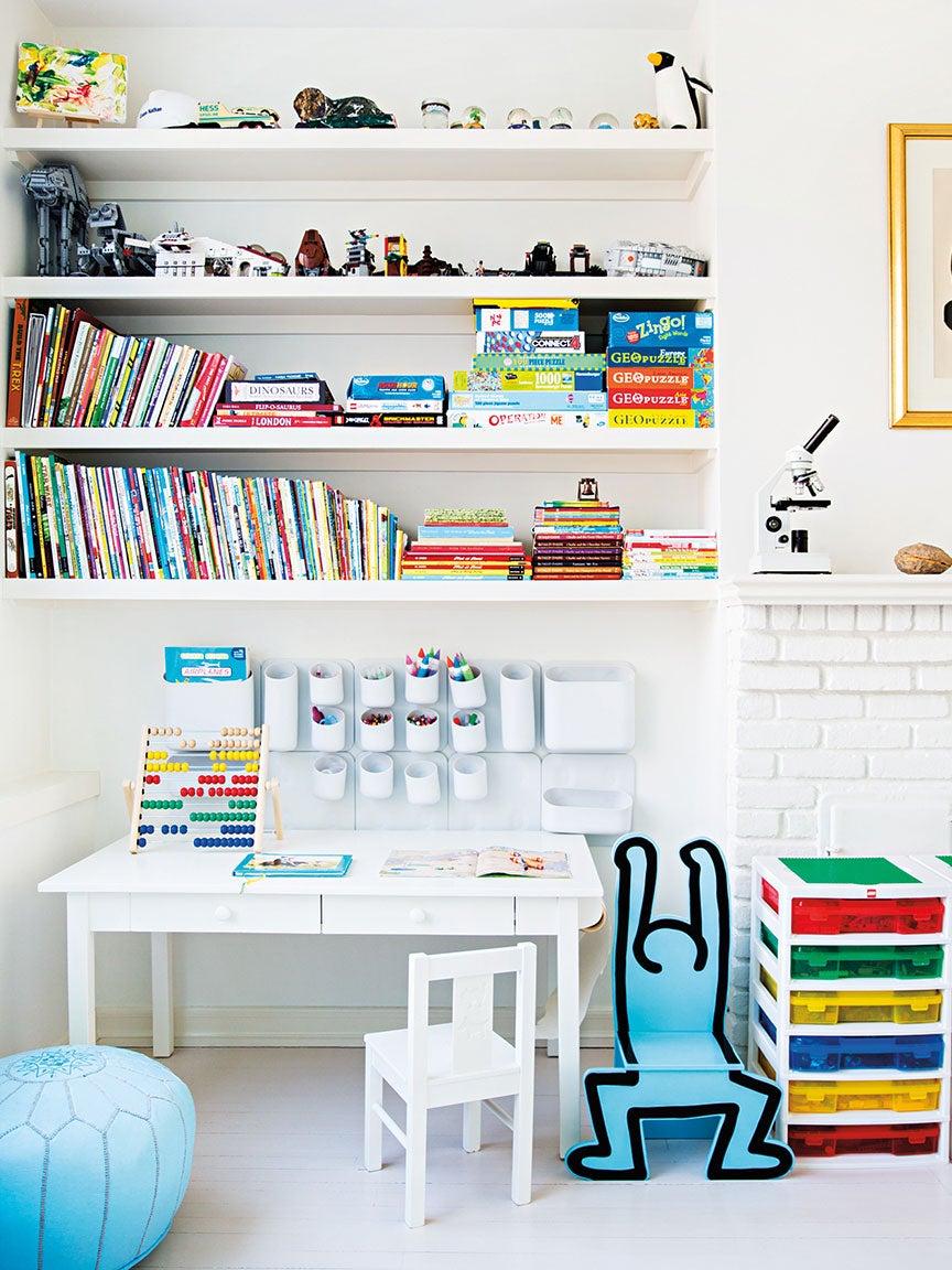 Amazon-Best-Selling-Homeschool-Desk-Chair-domino
