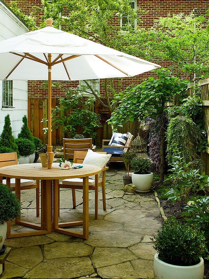 green back patio with umbrella