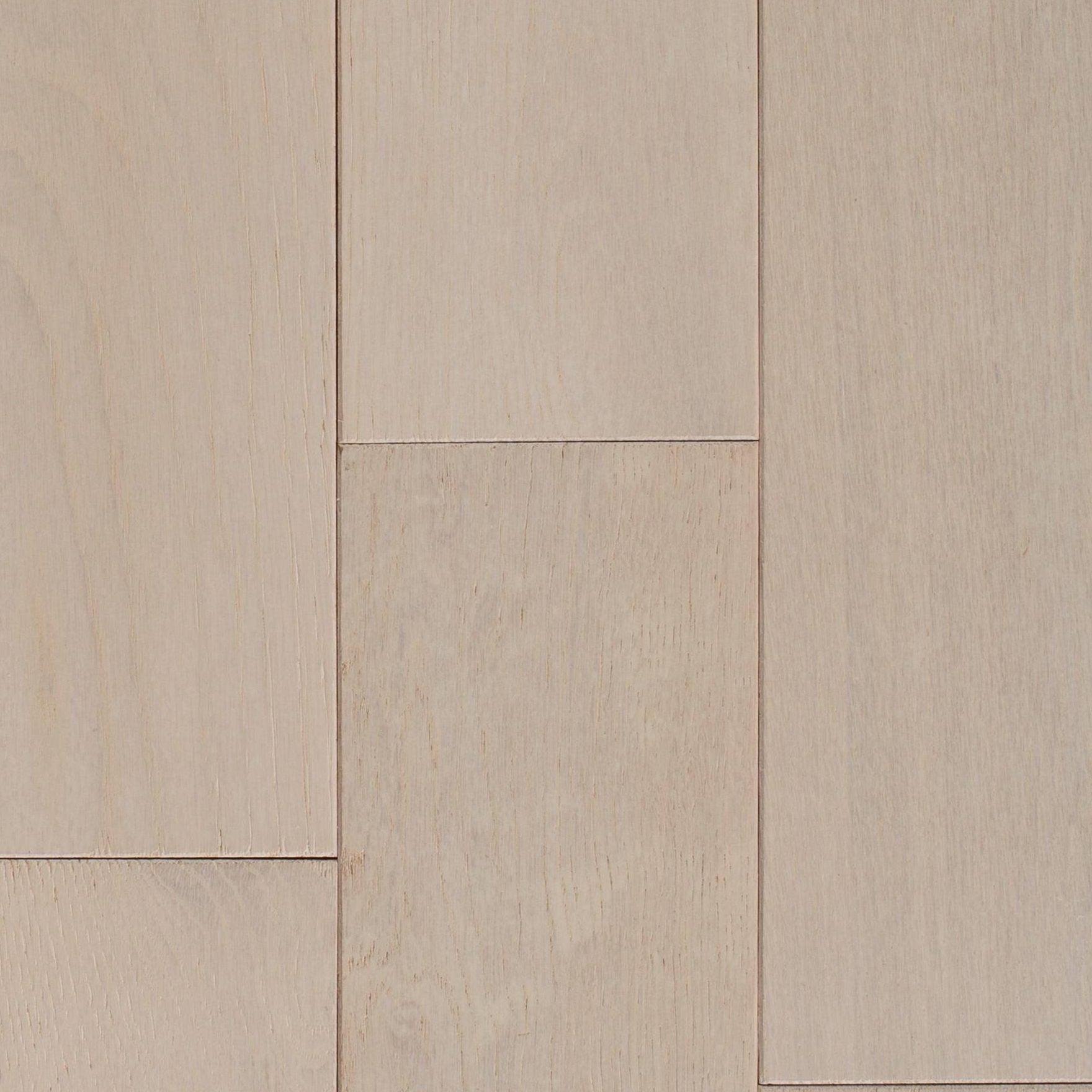 100420108_farmhouse-white-oak-wire-brushed-solid-hardwood_display