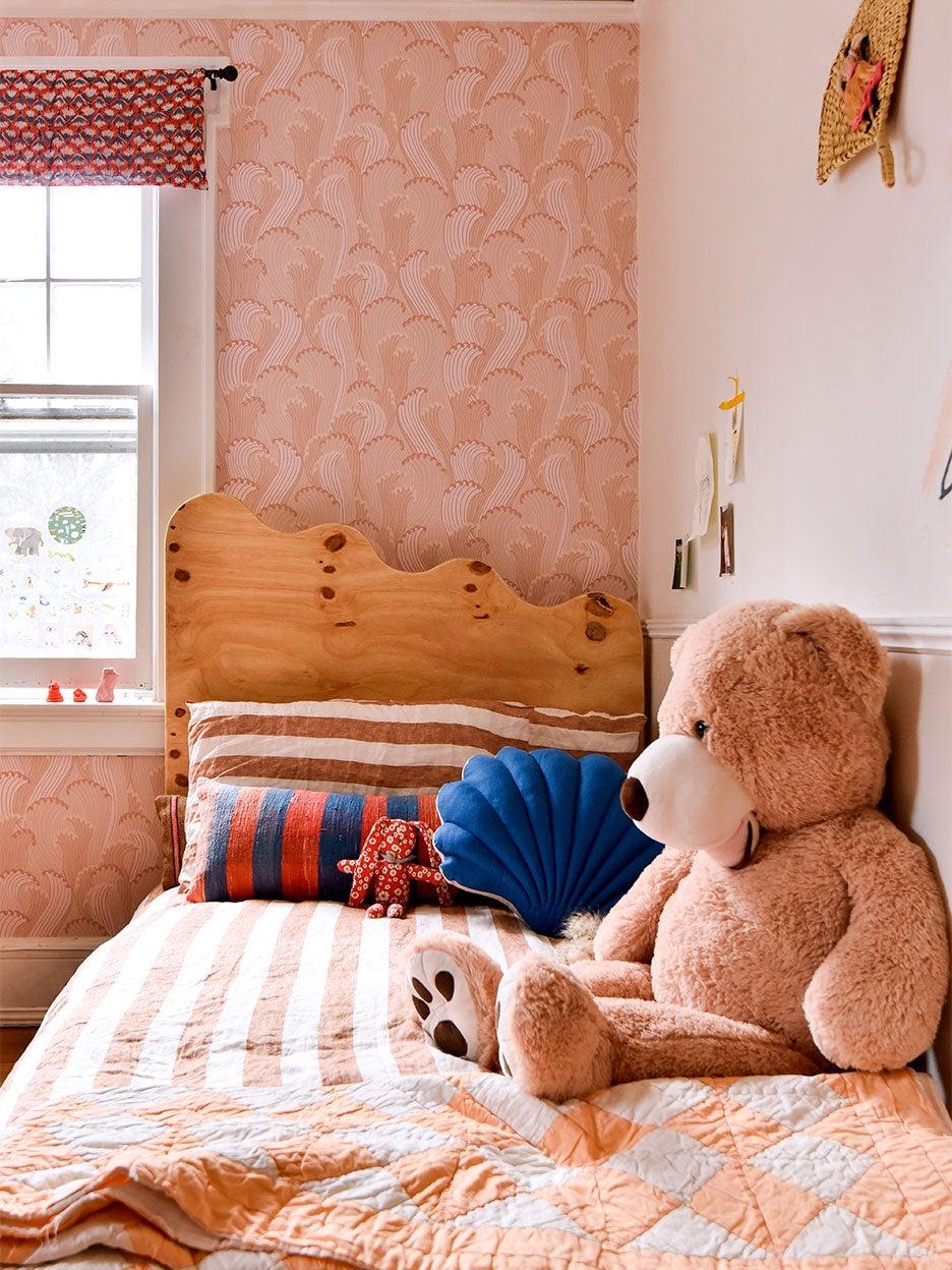 Hollie-Velten-Lattrell-Kids-Room-domino