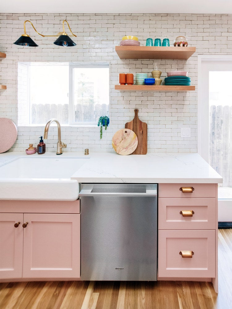 6 Kitchen Cabinet Makeovers That Will Inspire You to Pick Up a Paintbrush