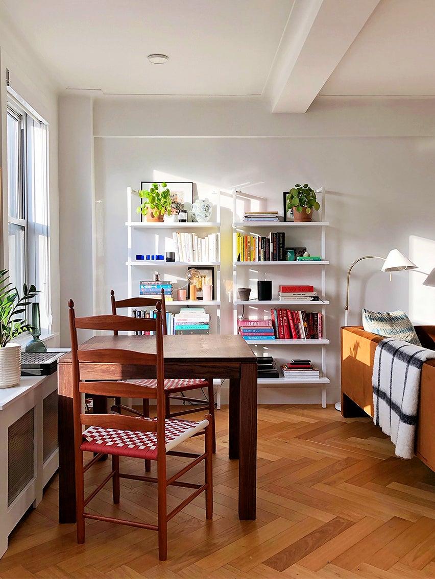 00-FEATURE-rental-furniture-ZZ-Driggs-domino