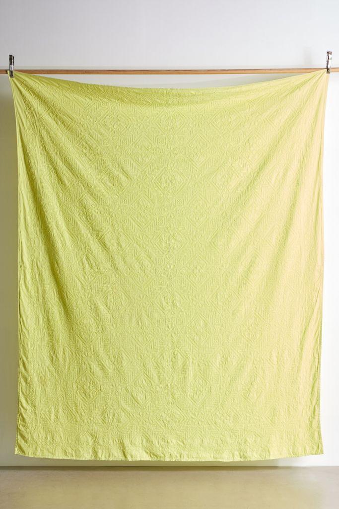Chartreuse blanket