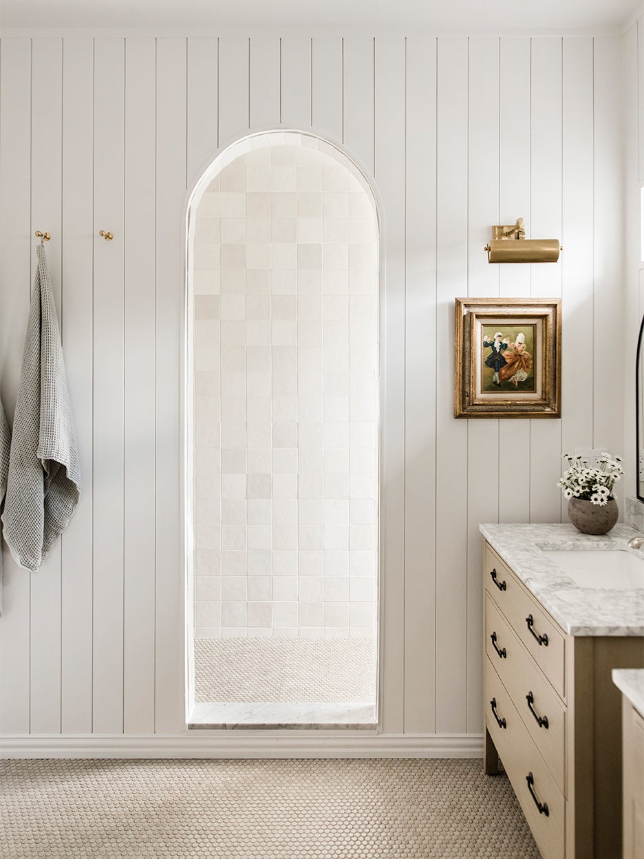 archway leading to shower