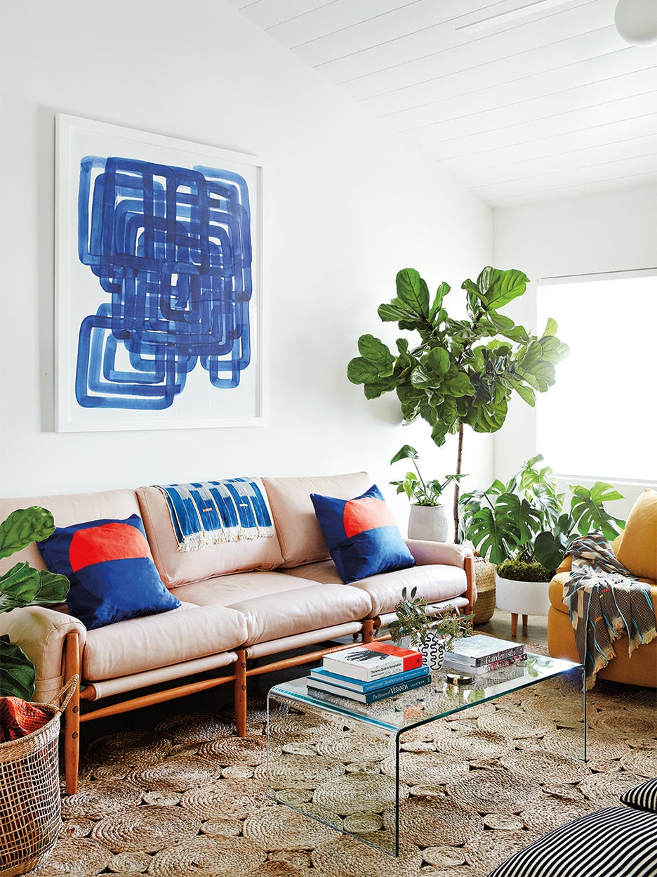 3 Major Retailers Are Having Must-Shop Sofa Sales Right Now